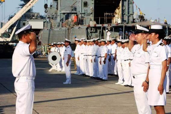 Documentos necesarios para entrar en la Marina
