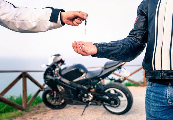 Cómo Saber si mi Licencia de Moto es Legal